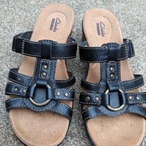 Clarks Bendables Black Sandals Size 6M EUC